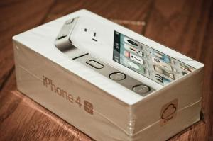 For Sale: Apple iPhone 4S 64GB / Apple NEW iPad 3 32GB WIFI+4G