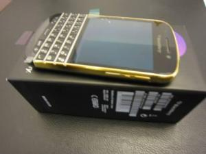 FS: BB Porsche - Q10 Gold- Z10- iPhone 5 & Samsung Galaxy S4 - ADD PIN : 29DA63A1
