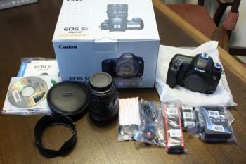 2x CDJ-1000 MK3 + DJM-800 ,Yamaha Motif XF8 88,Korg D888 2 JBL SRX 725