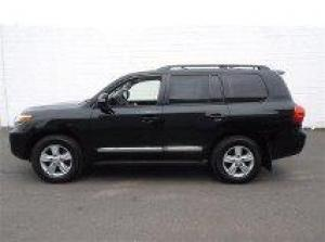 I want to sell my neatly 2013 Toyota Land Cruiser